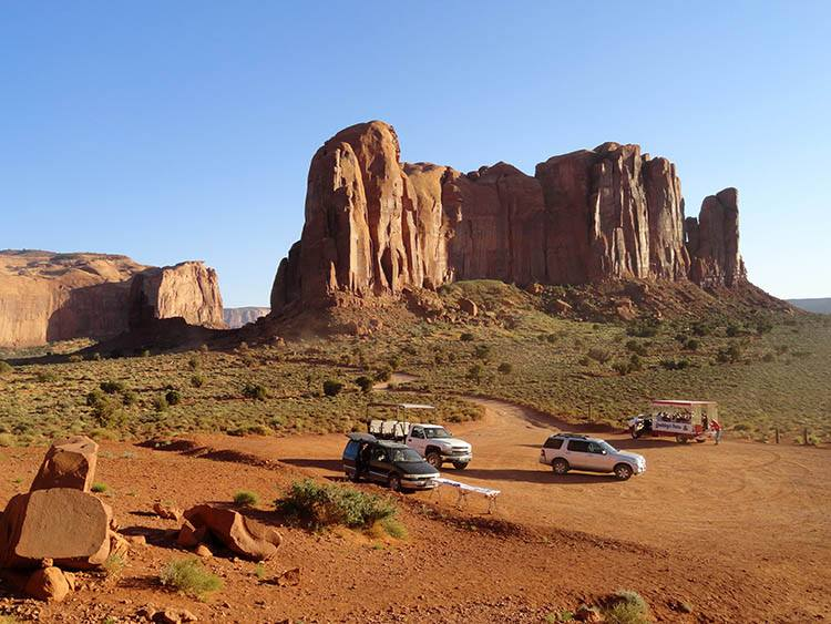 Monument Valley ciekawostki Utah USA pustynia atrakcje