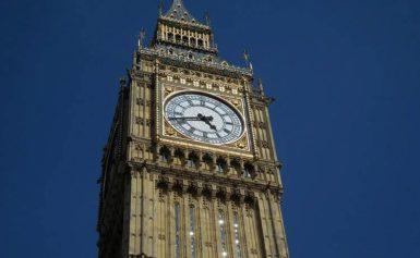 Zegar na wieży Big Ben w Londynie