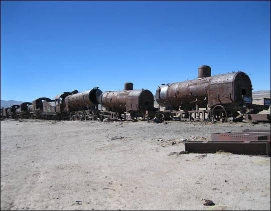 Cmentarzysko pociągów w Boliwii