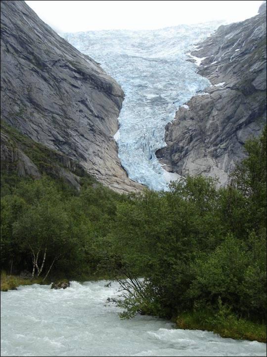 Lodowiec w Norwegii, park Jostedalsbreen