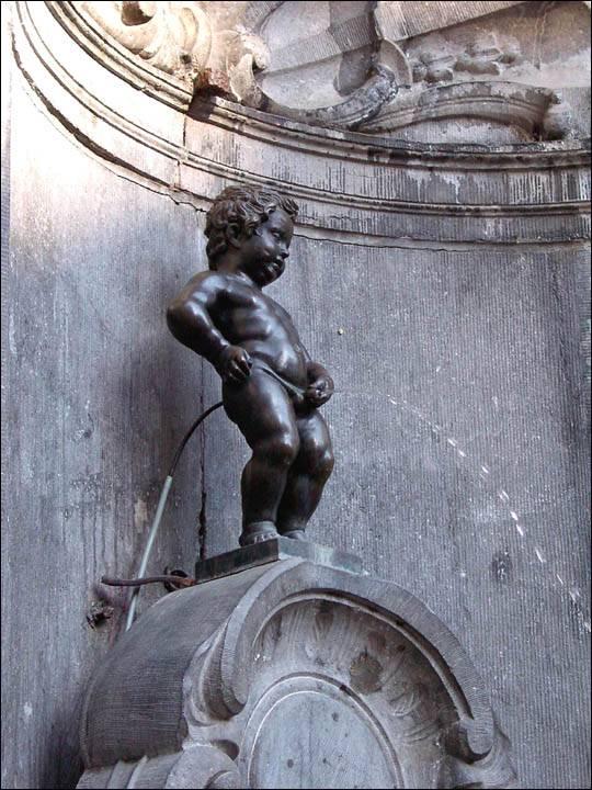 Manneken pis, Bruksela