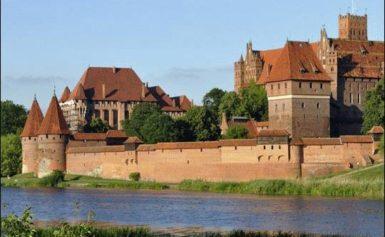 Największy zamek świata jest w Polsce