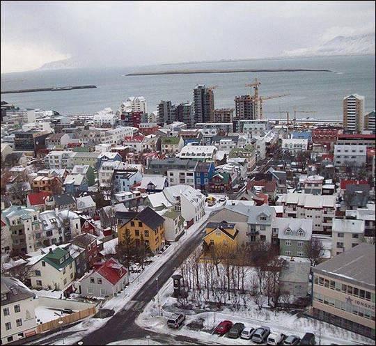 Polacy w Islandii
