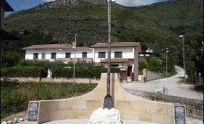 Polski pomnik na cześć poległych pod Monte Cassino