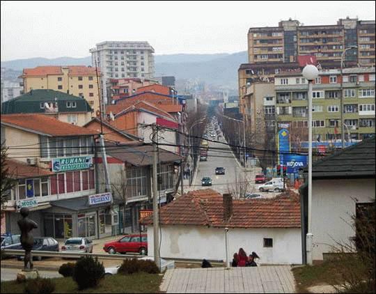 Republika Kosowa, Kosowianie i Prisztina