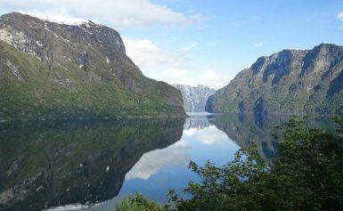Norwegia. Sognefjord, drugi największy fiord na świecie