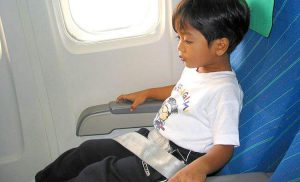 Podróż samolotem z małym dzieckiem