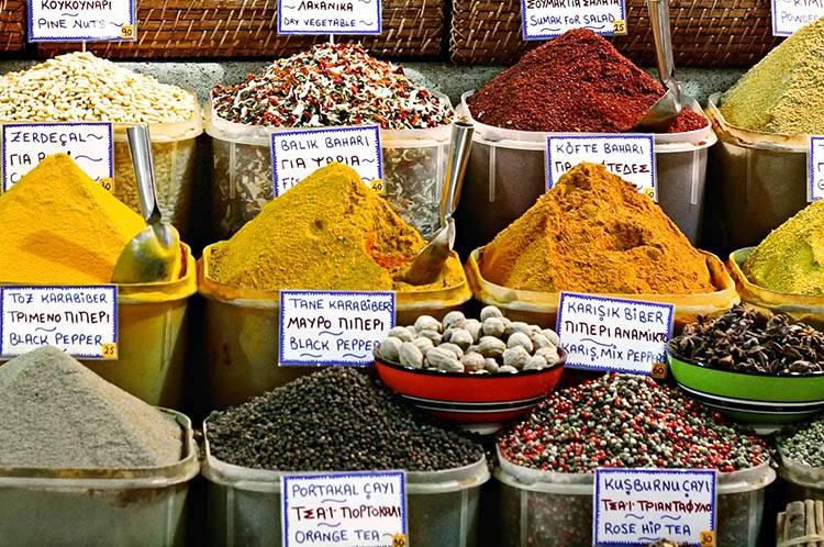 Tureckie bazary – jak się targować?