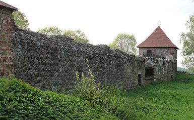 Troki, Litwa. Stary zamek na półwyspie