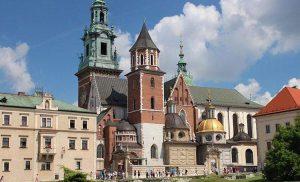 Do Polski przyjedzie więcej obcokrajowców