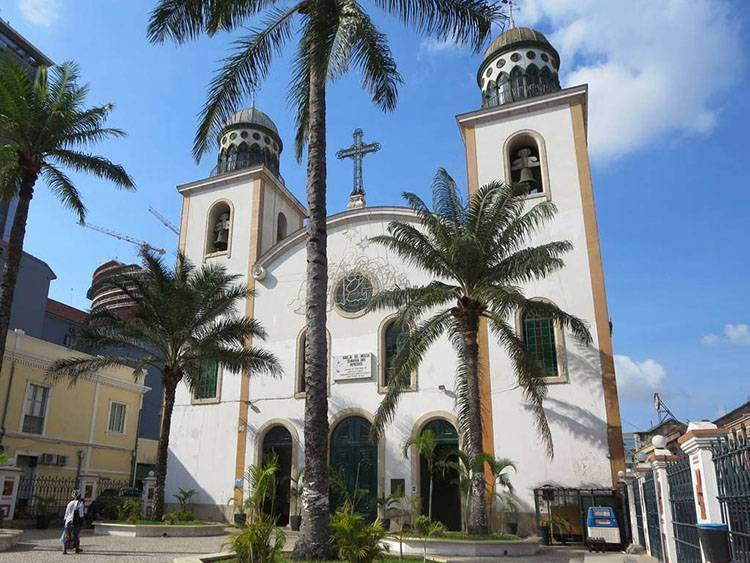 katedra Luanda ciekawostki atrakcje miasto Angola