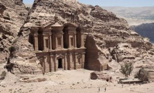 Jordańska perełka: starożytna Petra