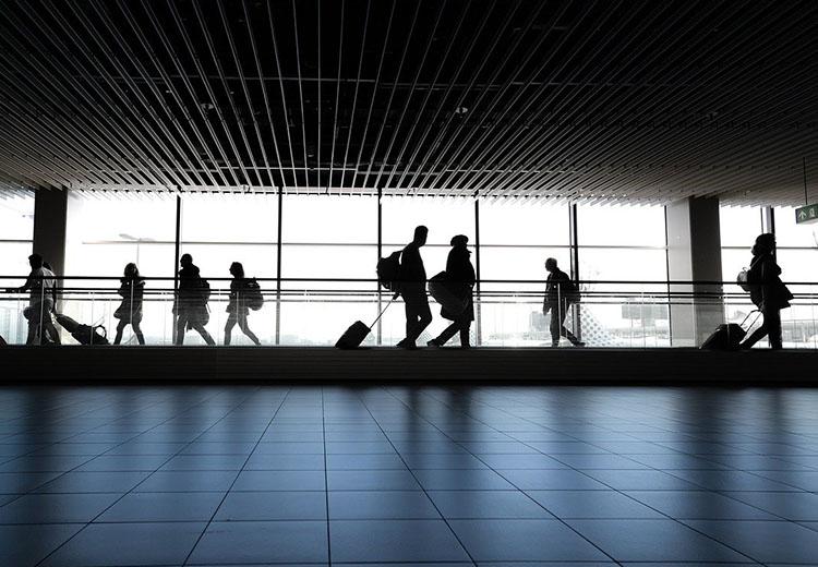 Londyn. Jaki transfer z jednego z sześciu lotnisk wybrać?