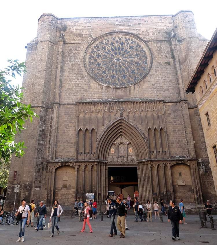 kościół galeria Santa Maria-Del PI Barcelona ciekawostki