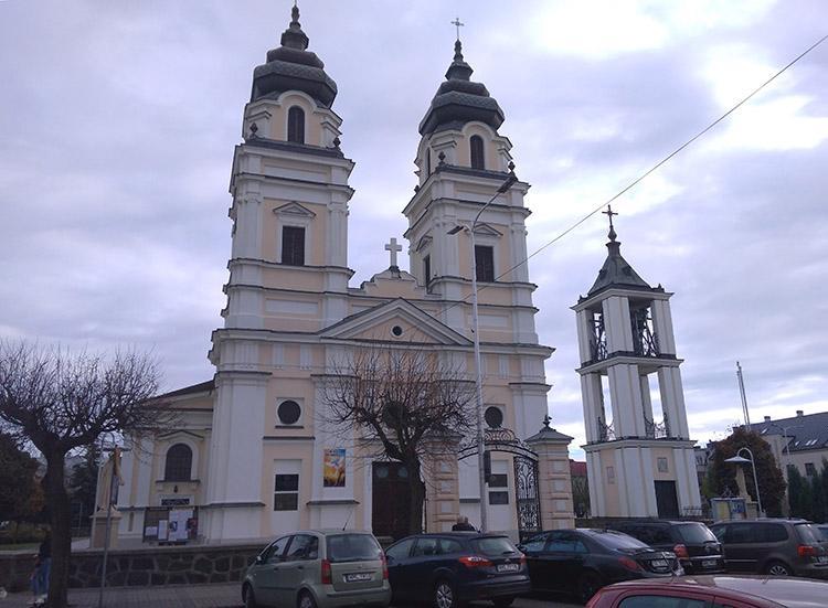 Kościół świętej Trójcy Mława ciekawostki