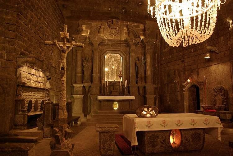 kaplica kopalnia soli Wieliczka ciekawostki