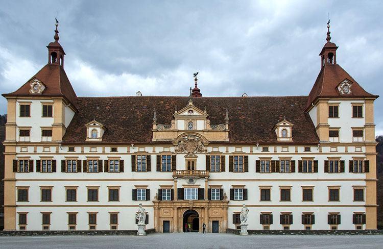 zamek Graz ciekawostki Szwajcaria