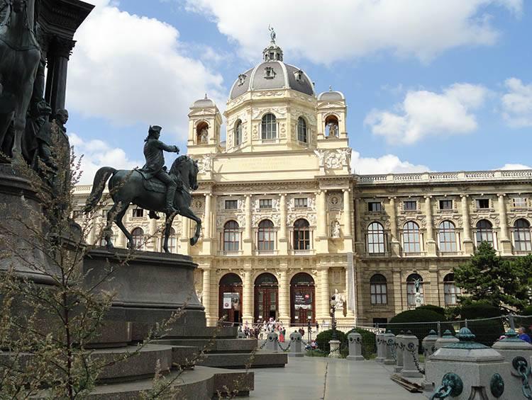 Wiedeń ciekawostki Austria o Wiedniu stolice Europy