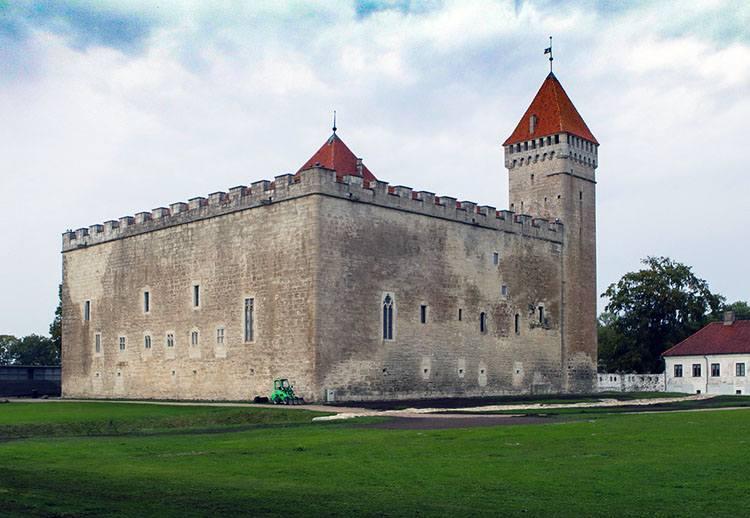 zamek Kuressaare Estonia ciekawostki atrakcje zabytki