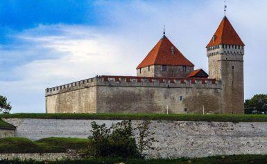 Zamki Estonii: Kuressaare