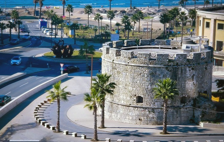Albańskie miasto Durrës