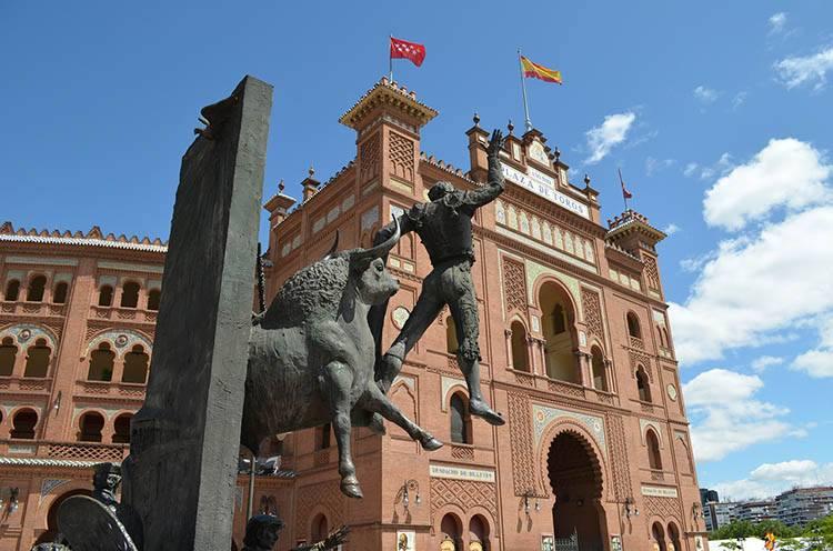 Plaza de Toros walki byków Madryt ciekawostki Hiszpania stolice Europy