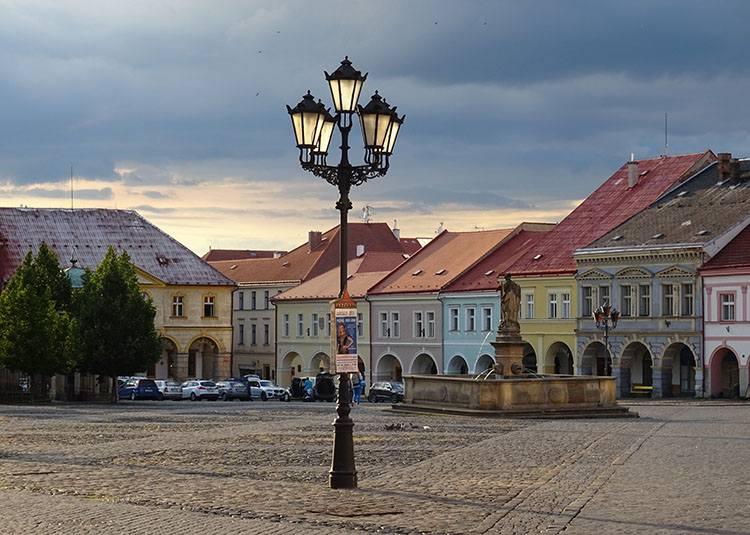 rynek Jiczyn Czechy ciekawostki atrakcje zabytki