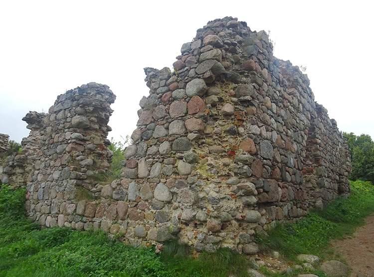 Kurzętnik ruiny zamku w Kurzętniku woj. warmińsko-mazurskie